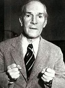 henry ford vs upton sinclair Henry ford's my life and work is the bible of aldous huxley's  in labor relations  problems and unionization, as upton sinclair wrote in the.